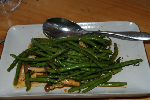 Dirty girl farm haricot verts with beech mushrooms and roasted chili - crisp, crunchy beans with meaty mushrooms and a nice kick (photo: Marina Cohn)
